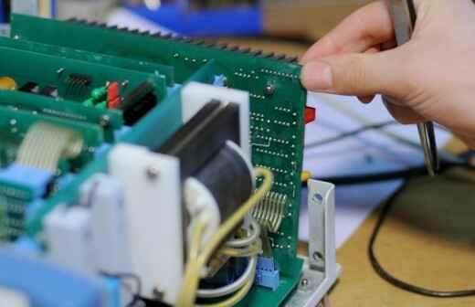 Medizinische Geräte reparieren - Geräte