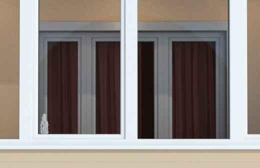 Balkonverglasung montieren - Aluminium