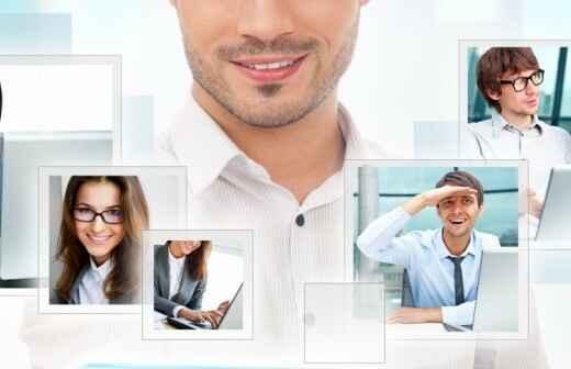 Video-Streaming und Webcasting Dienste - Filmproduzent