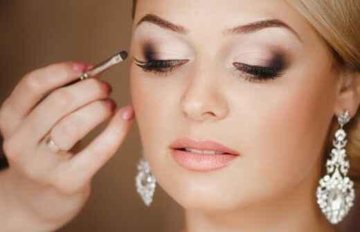 Braut-Make up - Tätowierung