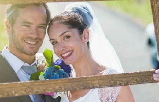 Braut- und Paarfotografie - Offiziant