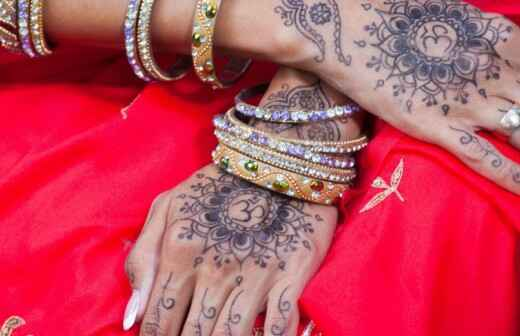 Henna-Tattoos für die Hochzeit - Tätowierung