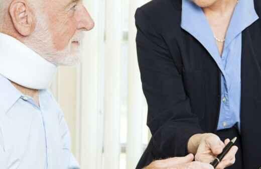 Rechtsanwalt für Personenschäden - Wrack