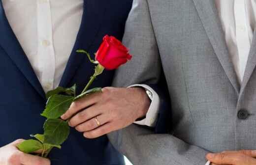 Zelebrant für eine gleichgeschlechtliche Hochzeit - Gelübde