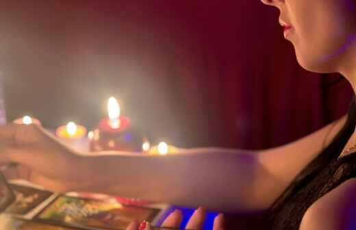 Tarot Card Reading - Tell