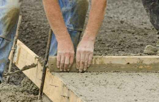 Concrete Installation - Bricklayer