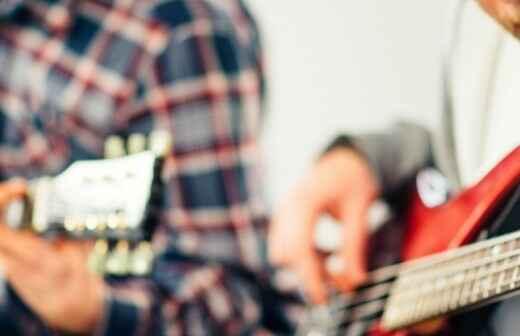 Gitarrenunterricht - Drinnen