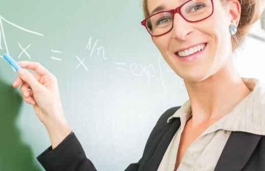 Nachhilfe in Mathematik (Grundkenntnisse)