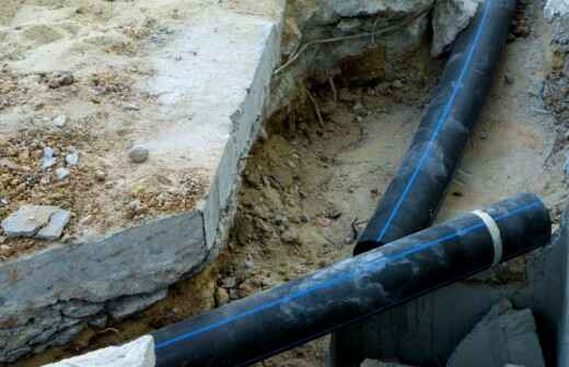 Rohrleitungen im Außenbereich installieren oder austauschen - Zusammengebrochen
