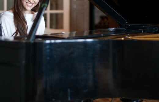 Klavierunterricht - Drinnen