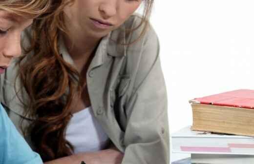 Nachhilfestunden Lesen und Schreiben - Hausarbeit