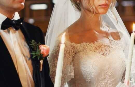 Zelebrant für eine evangelische Hochzeit