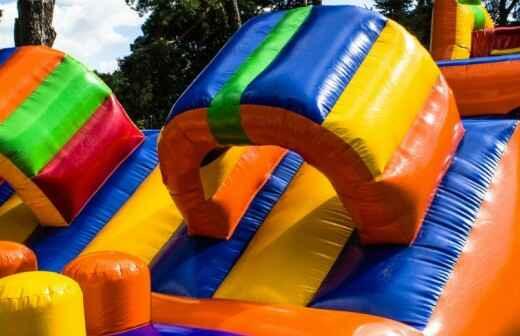 Aufblasbare Partyartikel mieten - Bouncing