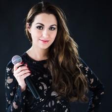 Nina Fischer - Musik Entertainment - München