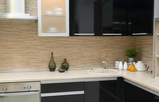 Küche sanieren - Neulackierung