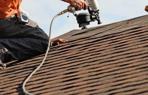 Dachdeckerarbeiten - Dachdeckung - Kiel
