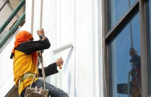 Malerarbeiten an Gebäuden - Maler
