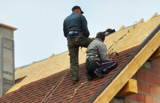 Dachbau oder -austausch