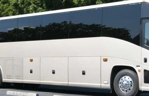 Charter Bus mieten - Busse
