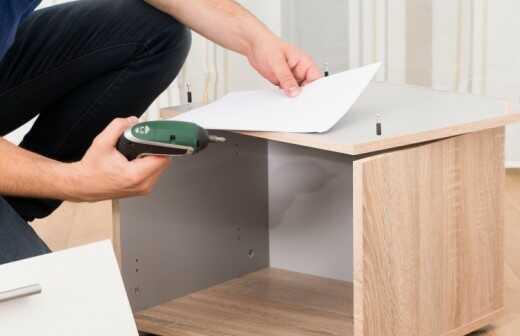 IKEA Möbelaufbau - Zusammenstellung