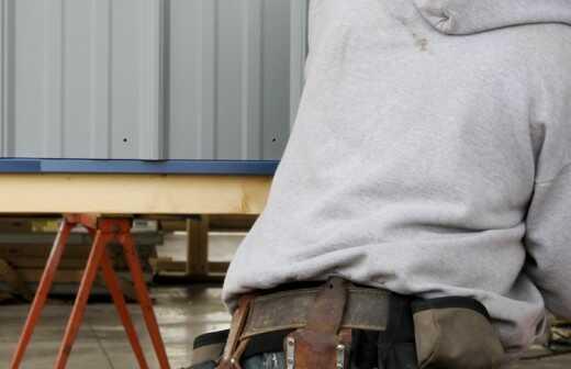 Metallverkleidung - Gravur
