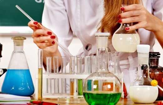 Nachhilfe in Chemie - Haus