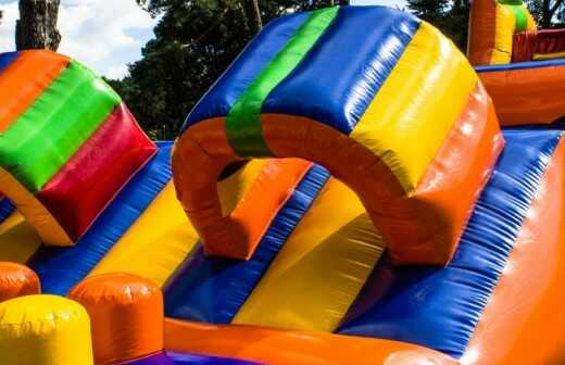 Aufblasbare Partyartikel mieten - Jumper