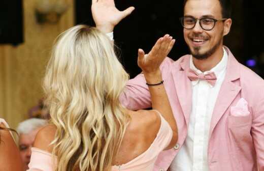 Zeremonienmeister für Hochzeiten - Deckenfluter