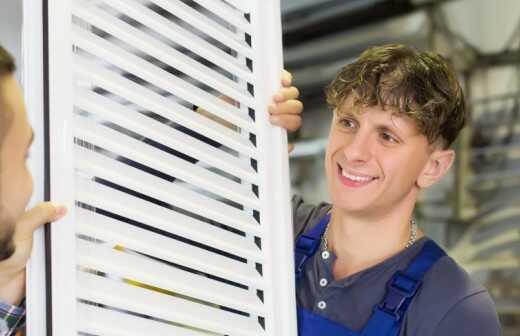 Fensterladen montieren - Vorhänge