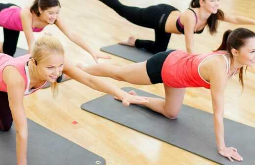 Privater Yogaunterricht (Einzel- oder Gruppenunterricht) - Pose