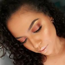 Dora Petit MakeUp - Fixando República Dominicana