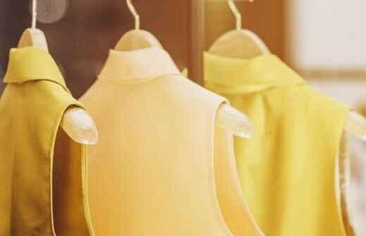 Alquiler de vestidos - Marchas Populares