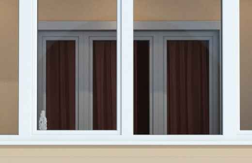 Instalación de acristalamiento de balcones - Calafatear