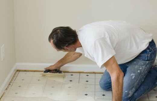 Reparación de suelos de vinilo o linóleo o reemplazo parcial - Barniz
