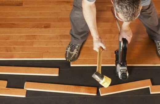 Instalación de suelos de madera - Acolchar