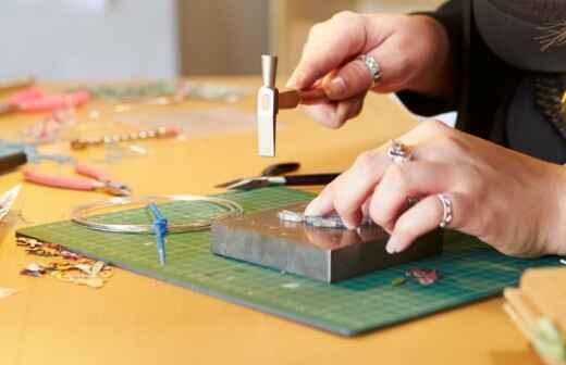Custom Jewelry - Settings