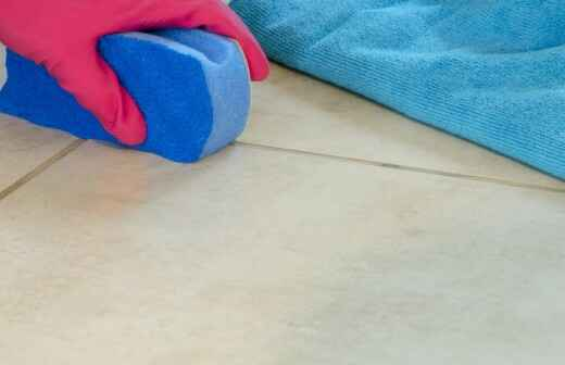 Tile and Grout Cleaning - Putting
