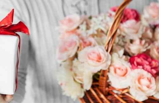 Custom Gift Baskets - Gift