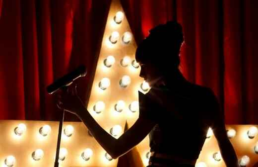 Broadway Singer - Cappella