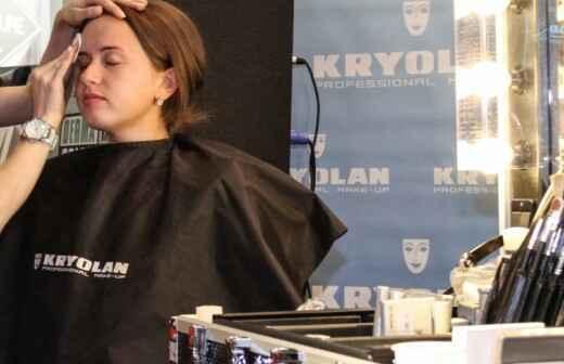 Maquillaje para eventos - Peinado
