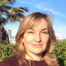 Maria Célia correia - Astrólogos / Tarot - Faro