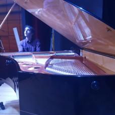 Andrés Ruiz - Aulas de Música - Aveiro