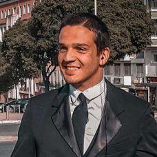 Pedro Garcês - Babysitting - Lisboa