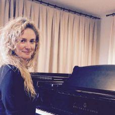 Alice Spinola - Aulas de Música - Vila Real