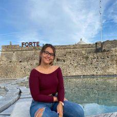 Adriana - Lavagem de Roupa e Engomadoria - Coimbra
