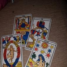 Dra Filó - Astrólogos / Tarot - Santarém