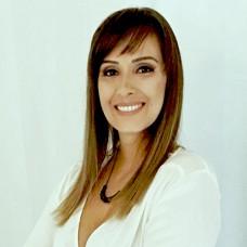Kelli Destri Nutritional Coach -  anos