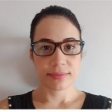 Suzeli Gomes - Babysitting - Faro