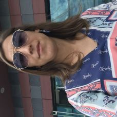 Lucia Oliveira -  anos