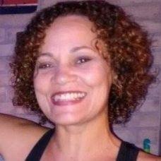 Elenilda Feu - Lavagem de Roupa e Engomadoria - Faro